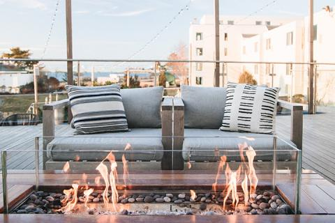 Firepit by lounge